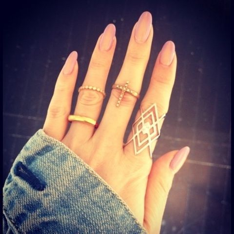 Love the shape of these oval nails