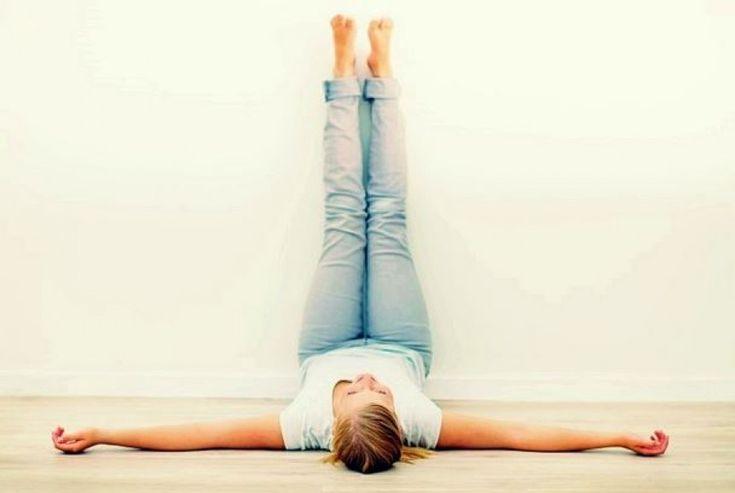 Támaszd a lábaidat 15 percig a falhoz. Egészen meglepő dolgokat fogsz tapasztalni.