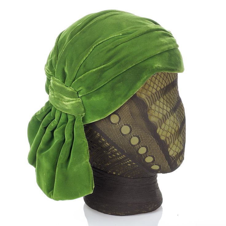 MEDIUM Vintage 100% Silk Velvet Cloche Flapper Hat, Bright Luscious Green, Pleated, Asymmetrical & FABULOUS!