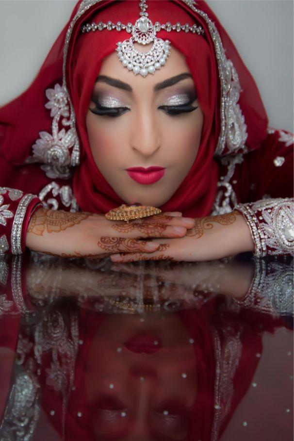 muslim bride solo female wedding photographer cardiff hijab tikka