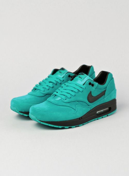 Love these teal green and black Nike Air Max 1's #sneakers