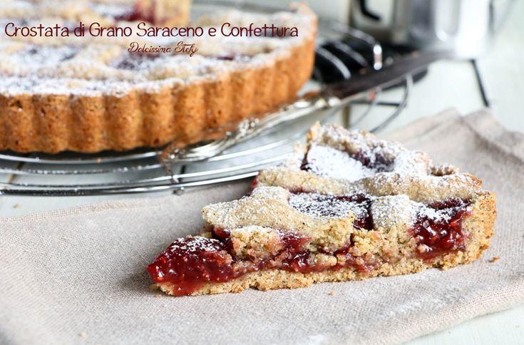 E' la giornata nazionale della Torte di Grano saraceno ed io ho deciso di contribuire, realizzando la Crostata di Grano Saraceno e Confettura di Lamponi.