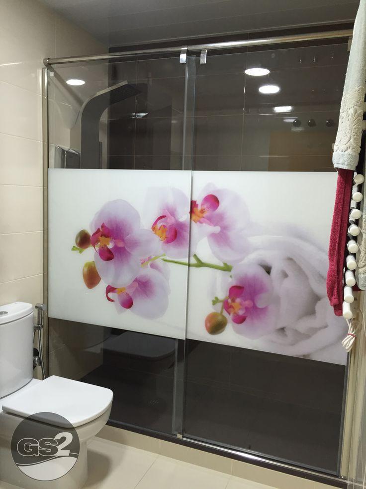 Mampara de ducha mod. Asal, Serie Suprem. Acabado Inoxidable y vidrio templado de 8/10mm decorado con imagen en impresión digital. PERSONALIZA TU MAMPARA www.gs2-mamparas.com