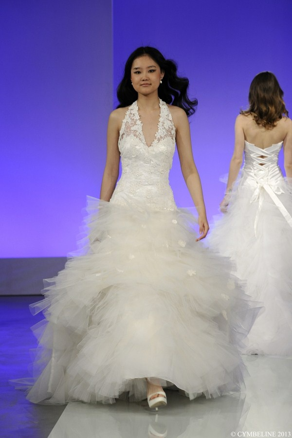 51 best Trouwjurken images on Pinterest | Wedding frocks, Bridal ...