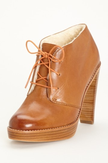 @HauteLook has the cutest clothes for amazing prices...I need these Cole Haan
