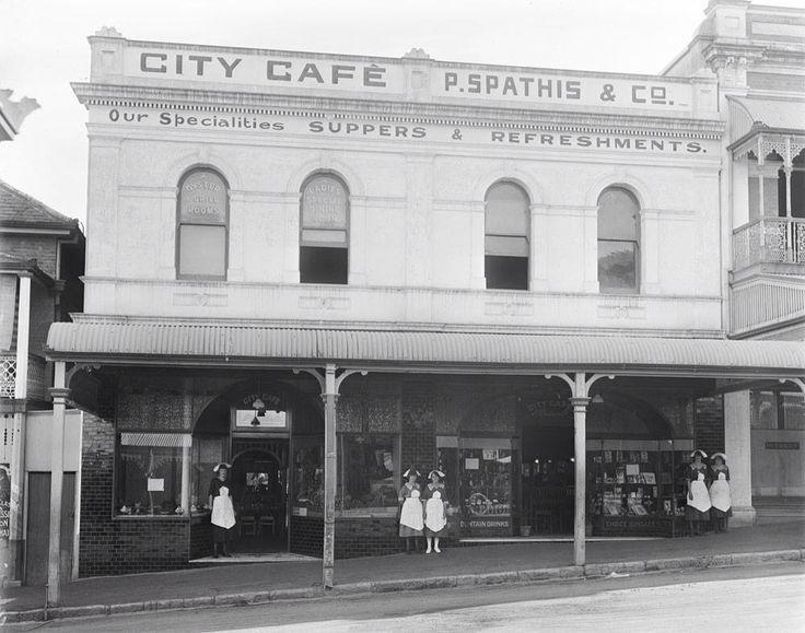 Rose's Emporium, now City Cafe, 1920's
