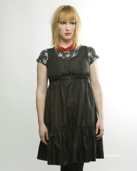 Leigh Nash (of Sixpence)