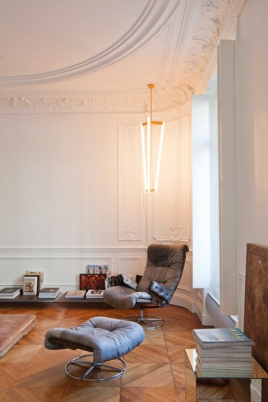 http://www.vogue.com.au/vogue living/interiors/galleries/house tour a pared back 19th century apartment in paris ,38199