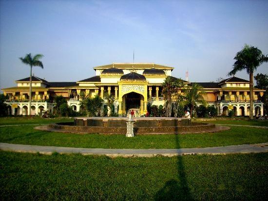 Istana Maimon, Medan Indonesia
