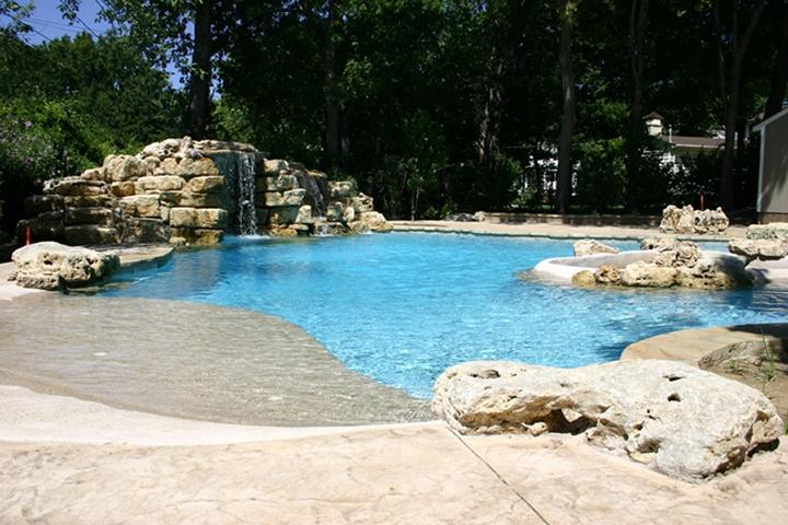 Zero Entry Salt Water Pool by Atlantis Pools