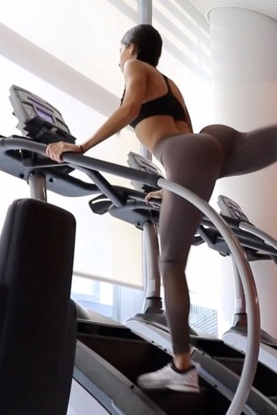 The Old-School Gym Machine That Will Transform Your Butt