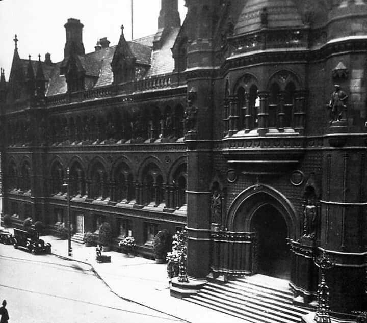 Bradford Town Hall 1950's