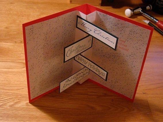 credit: My Scrapbooking Room via DIY Chat Room [ http://www.diychatroom.com/f49/my-scrapbooking-room-45796/index2/]