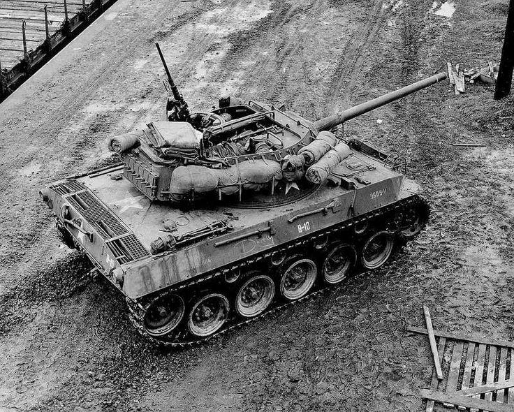 M18 Hellcat, US tankdestroyer.