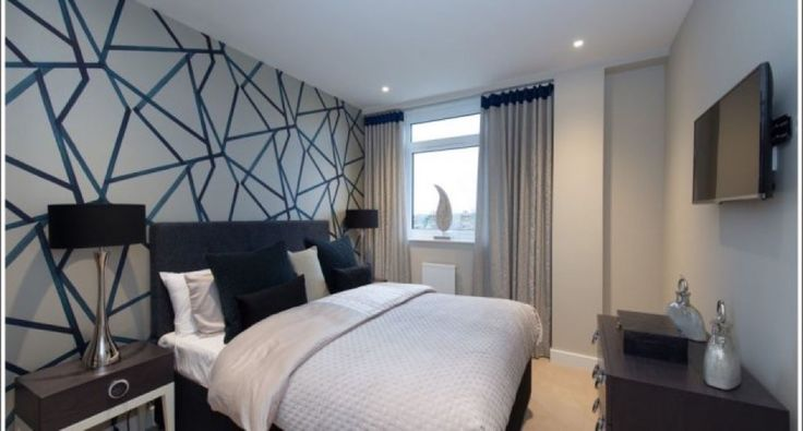 RIDGMONT PLAZA | Set in Saint Albans, Ridgemont Plaza offers self-catering accommodation with free WiFi there is also free use to the on site fitness suite/gym. The apartment is 1.9 km from Highfield Park. Private parking is available on site and access to st albans city train station is a 200 meter walk.