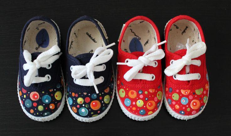 "Zapatillas ""Planetas""."