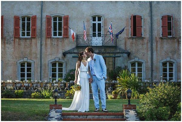 traje azul claro de la boda |  Imagen de Kerry Morgan Fotografía