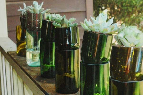 Ideas para decorar tu jard n con botellas de vino - Ideas para decorar tu jardin ...
