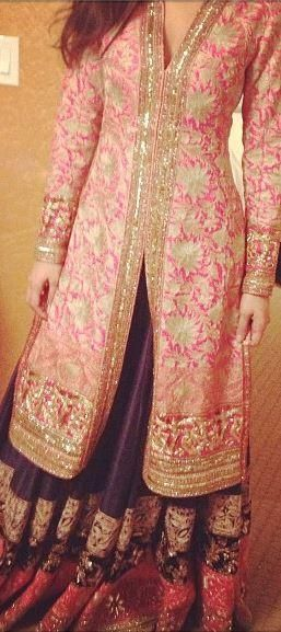 LOVE THE KAMEEZ AND GHARARA COLORS wow