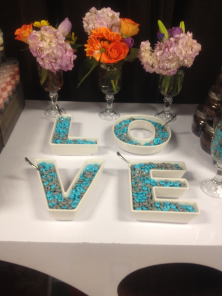fun ideas for bridal shower themes%0A It u    s the season  LOVE is in the air  Cute idea for bridal shower