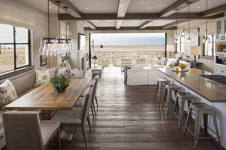 外に向かう大空間と大開口のリビング・ダイニング | 住宅デザイン - スパンが長くて柱のない広々としたリビング・ダイニング・キッチン