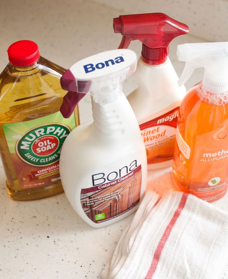 How To Clean Wood Kitchen Cabinets (and The Best Cleaner For The Job)