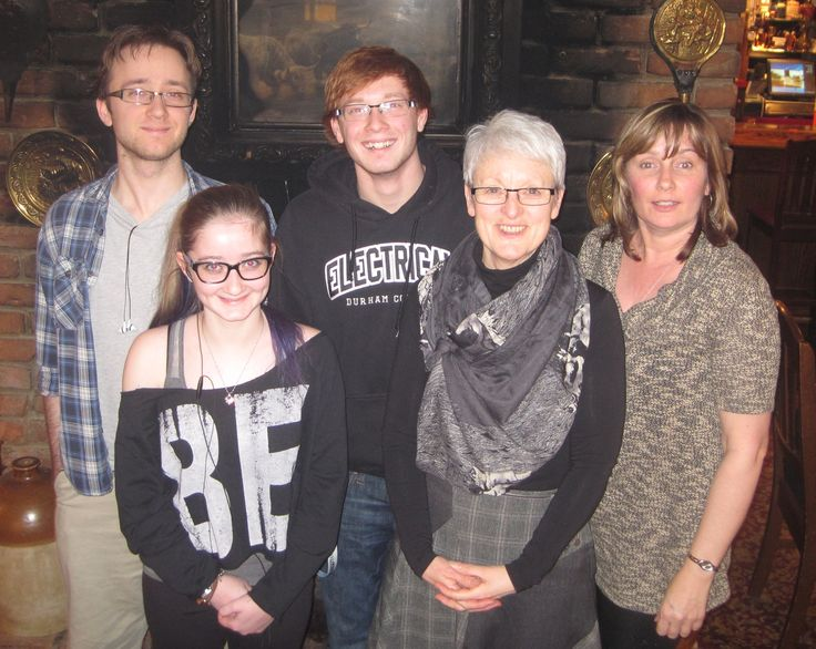 Shannon, Taylor, Sean and Kennedy with me in Toronto 2015. Family lunch Sue Harper seniornomad.wordpress.com