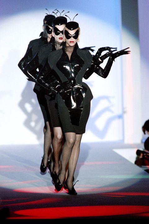 Thierry Mugler - 90s - runway - catwalk - model - fashion