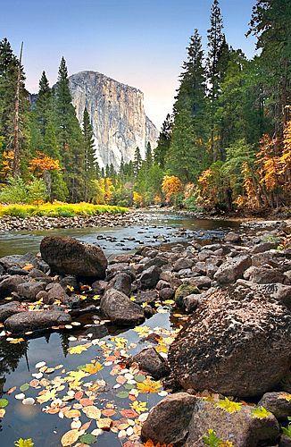 El Capitan, Autumn in Yosemite National Park, California, United States of America.