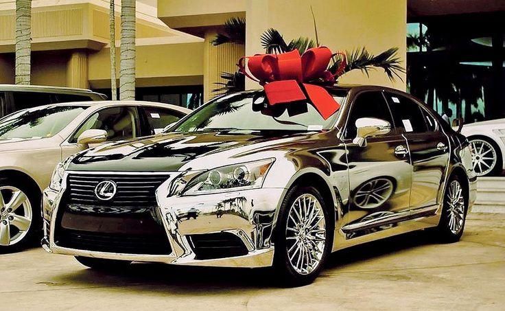 BEST PRACTICES: Lexus dealership cultivates wrap artists - http://blog.clairepeetz.com/best-practices-lexus-dealership-cultivates-wrap-artists/