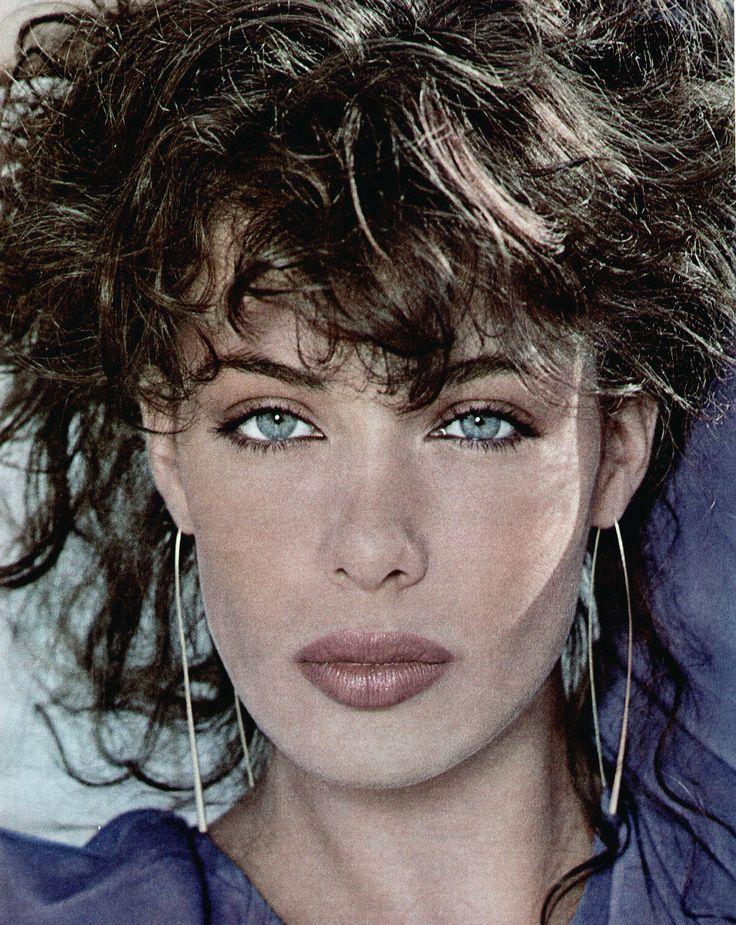 Kelly LeBrock. Beautiful.. Those eyes, those lips, face, and hair.
