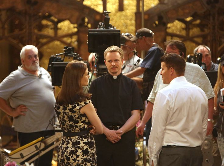 Emily Deschanel, David Hornsby & David Boreanaz from Bones Wedding Album   E! Online
