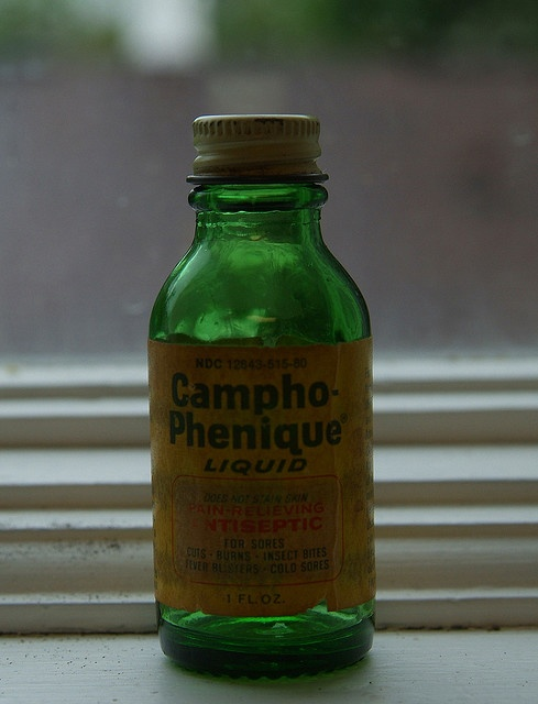 Campho-Phenique Liquid. An antiseptic cure-all. IN A GLASS BOTTLE!!!