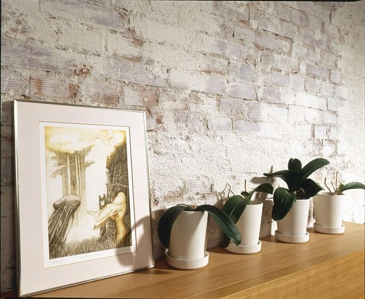 Cegła na ścianie, wykończenie ścian, cegła we wnętrzach, styl industrialny, surowa cegła. Zobacz więcej na: https://www.homify.pl/katalogi-inspiracji/22986/czym-wylozyc-sciany-6-ciekawych-propozycji