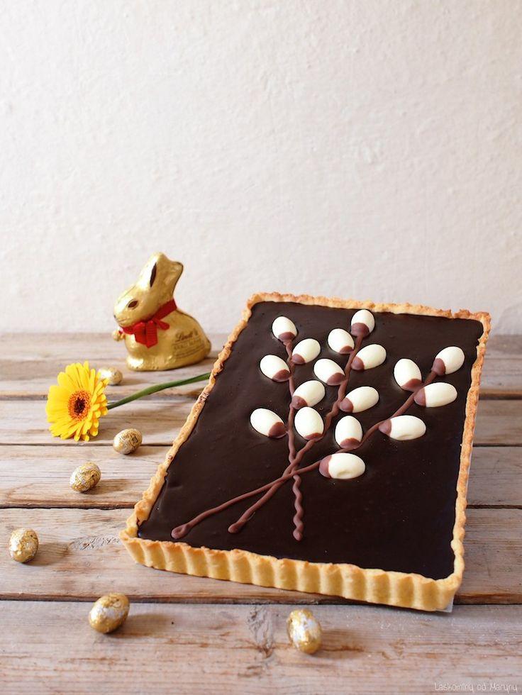 Velikonoční koláč s arašídovým máslem a mořskou solí