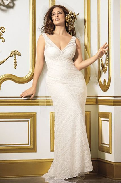 10 Plus-Size Wedding Dresses You'll Love #refinery29 Wtoo Pallas Gown, price available upon request, at Watters.