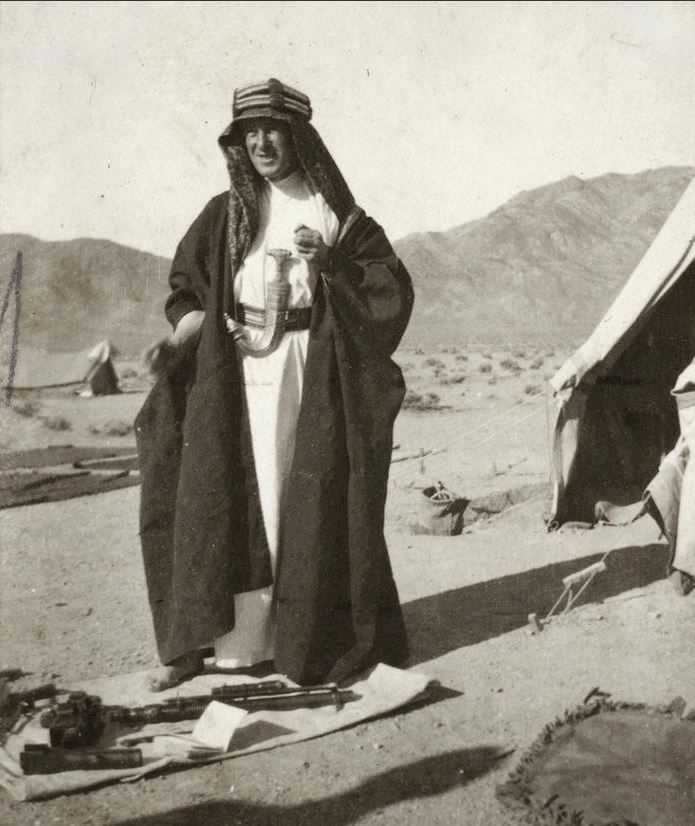 lawrence middle eastern singles 'lawrence' of arabia: from archaeologist to war hero scott  'lawrence' of arabia: from archaeologist to war  of the modern middle east so you have lawrence,.