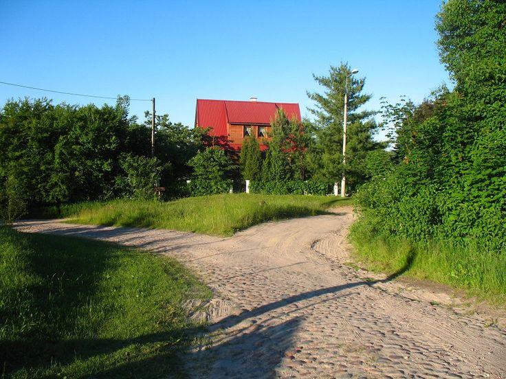 Urocze domki rozsiane na trasie.  www.it.mragowo.pl