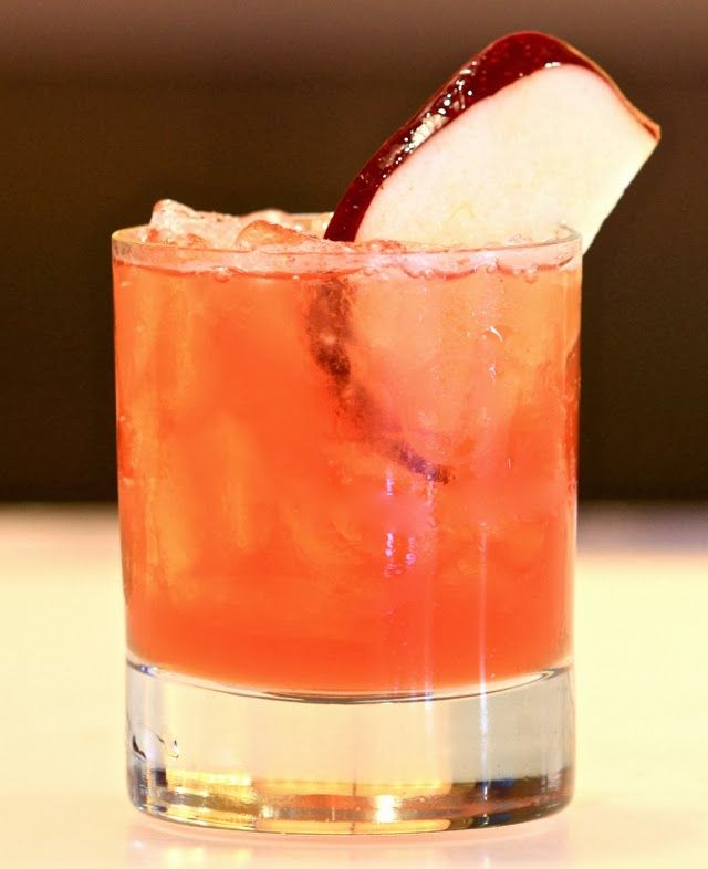 Apple Cobbler: Disaronno + cranberry juice + apple juice + lemon juice