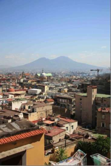 Workaway in . Stay in a guesthouse in Napoli and help me out