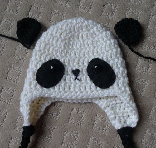 Free Crochet Baby Panda Hat Pattern : Here are the patterns for the small and big panda hats ...