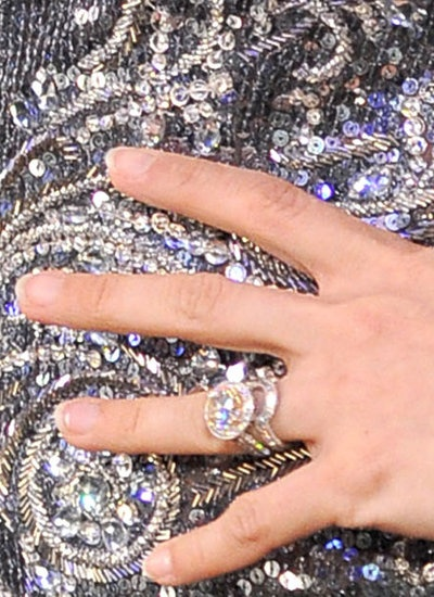 Carrie Underwood's wedding ring set. Not too shabby