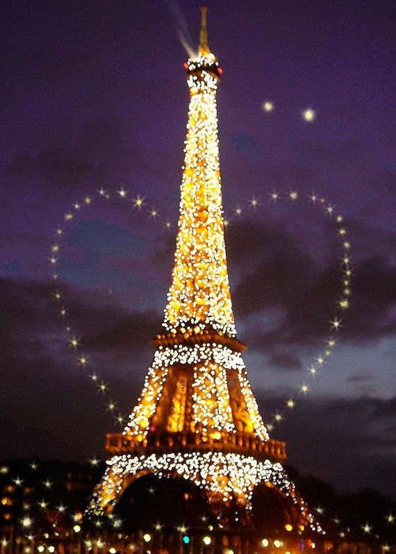 my px of the magical Eiffel Tower with digital twinkling heart, Eiffel Tower Hand Glitter art card
