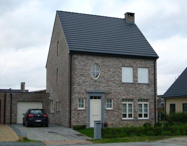 Huis te koop in Serskamp - Vraag ons om advies - Logic-immo.be - 4 loten voor halfopen bebouwing, gelegen in de verkaveling Pruytenshof, op een boogscheut van Provinciaal Domein Den Blakken. Vlotte bereikbaarheid naar E40. In deze rustige verkaveling zijn 4 loten t...