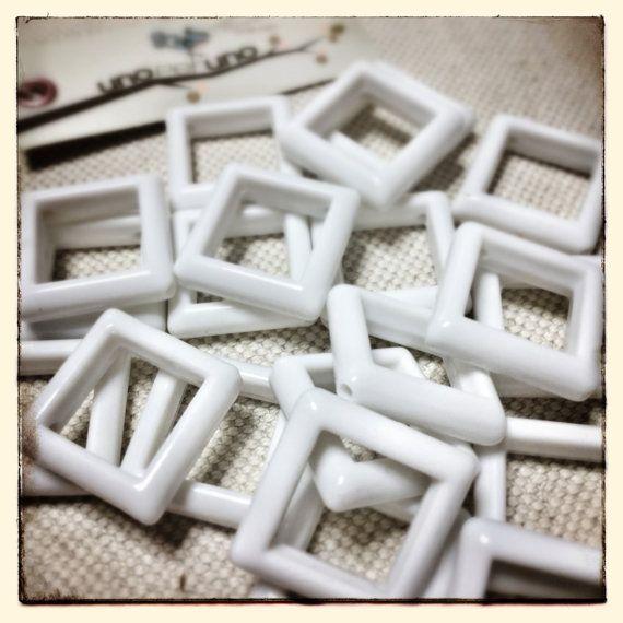 LOTTO  20 componenti in resina plastica quadrati di zolushka65