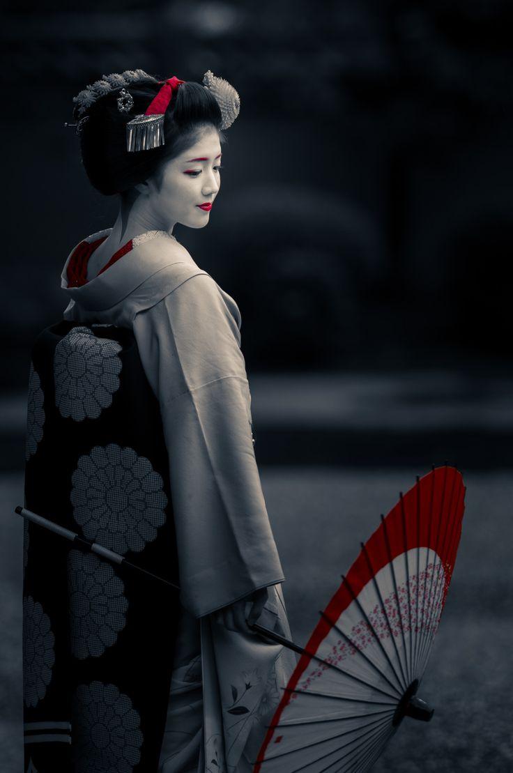 2016 舞妓 上七軒 勝奈さん 東寺にて 2016 maiko, Kamishichiken, Katsuna at Touji