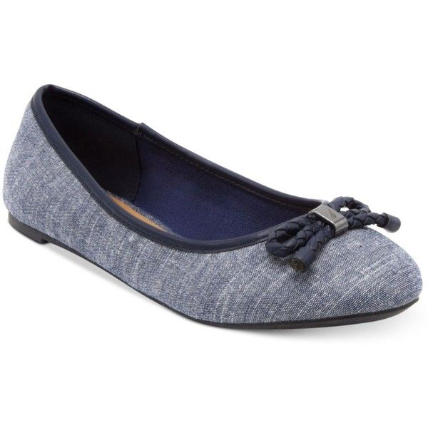 Nautica Giande Bow Ballet Flats ($45) ❤ liked on Polyvore featuring shoes, flats, navy, ballet pumps, bow shoes, bow ballet flats, ballet flat shoes and navy blue shoes