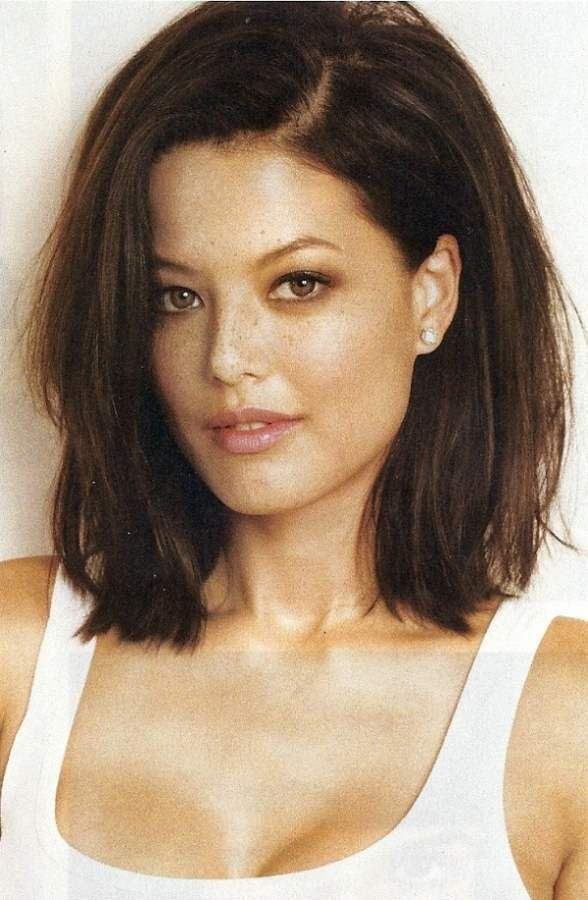 Short Summer Haircuts For Thick Hair : 25 best thick coarse hair ideas on pinterest choppy layered