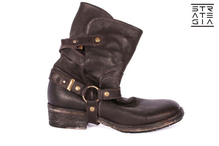 www.strategiajfk.it   #madeinitaly #fashionshoes #boots #strategia #shoes #fashion #style #handmade