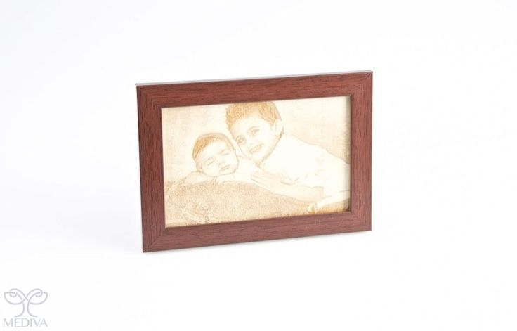 Personalize your #memories with an #engraved photo frame! http://www.medivadubai.com/laser-engraving/wood/